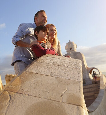 visit pedrera day and night casa mila
